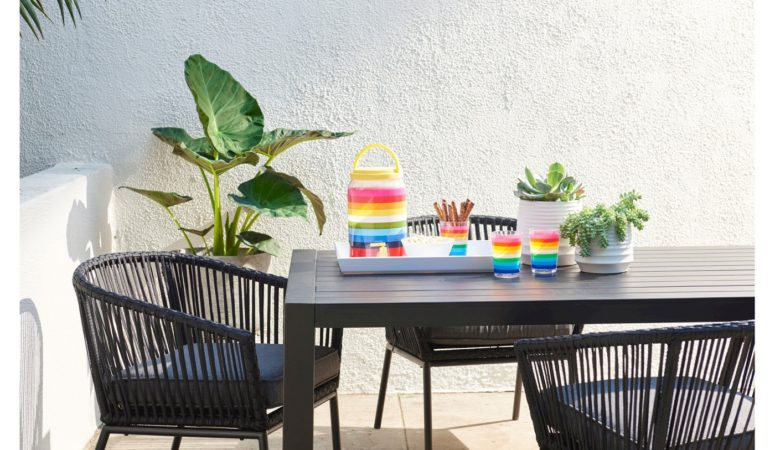 Stylish & Affordable Patio Dining Sets for 6-8