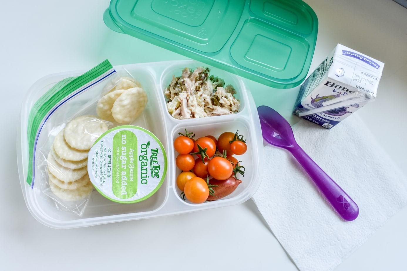 Create a School Lunch-Prep Station!