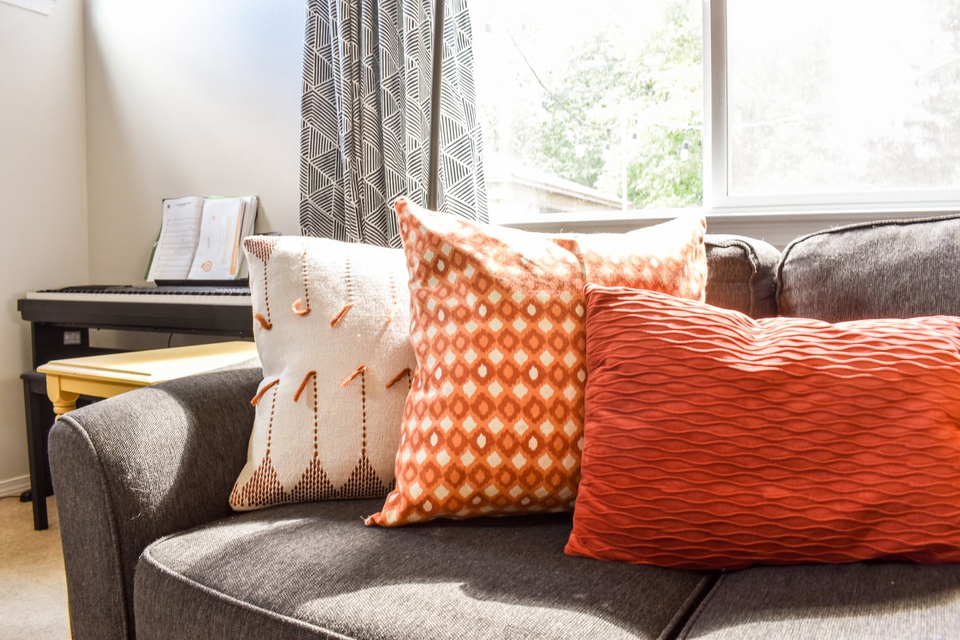 photo of Easy DIY throw pillow covers