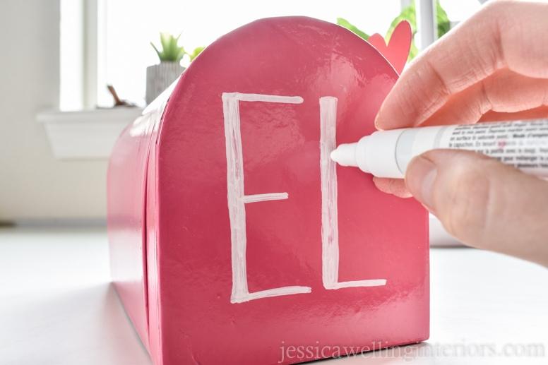image of valentine mailbox